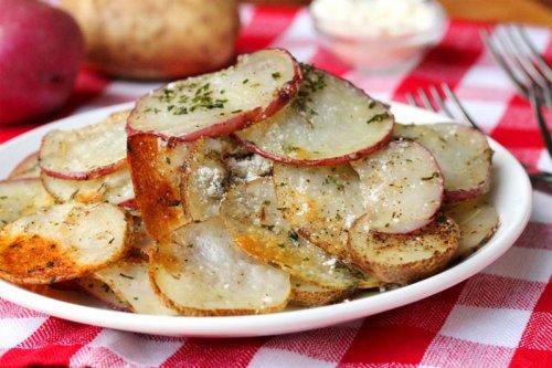 Patatas panadera con queso parmesano